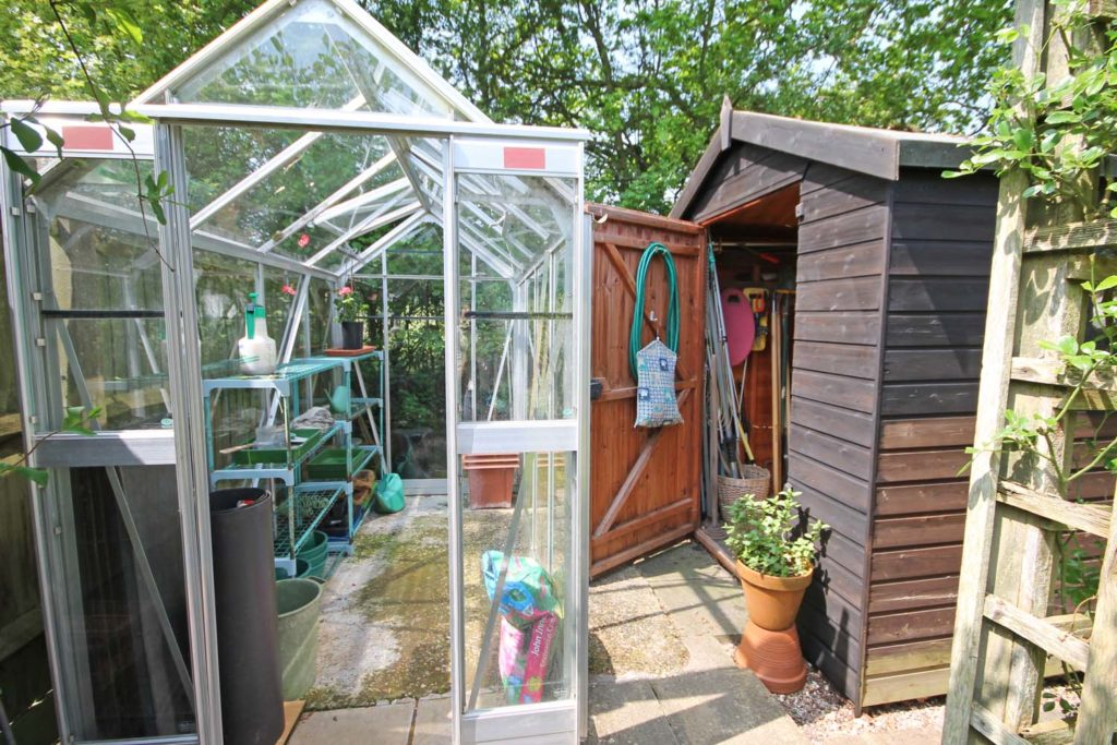http://brookindependent.co.uk/wp-content/uploads/2018/05/shed-area-1-1024x683.jpg