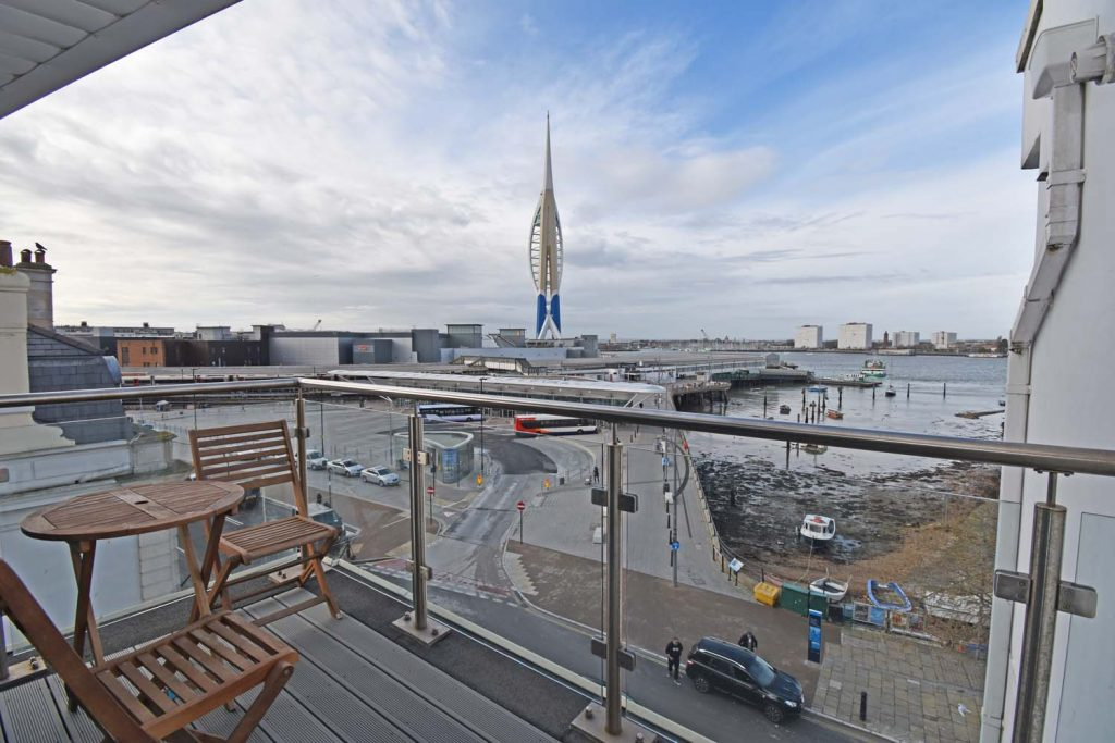 http://brookindependent.co.uk/wp-content/uploads/2019/04/WH-View-balcony-1024x683.jpg